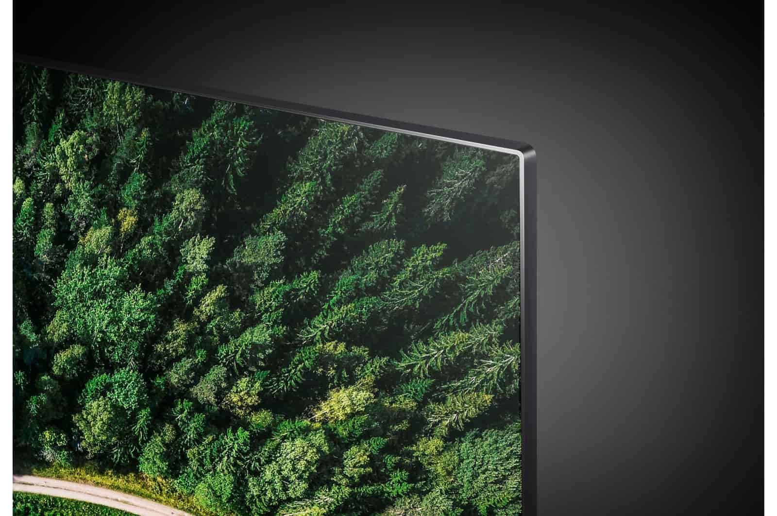طراحی تلویزیون ۸۸ اینچی الجی